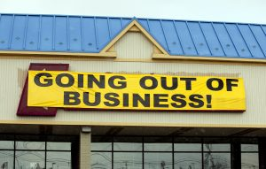 Retailers Going Bankrupt at Record Pace | BullionBuzz