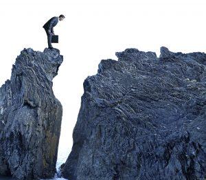 Elites Are Jumping Ship as The Financial Crash Draws Near   BullionBuzz