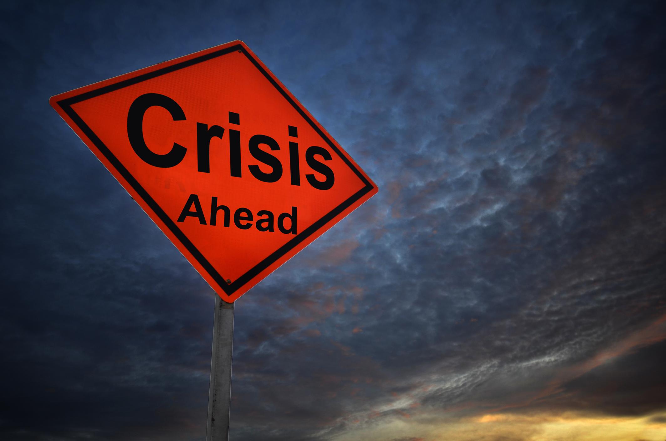 Looming Economic Collapse: The $250-Trillion Worldwide Debt Crisis | BullionBuzz