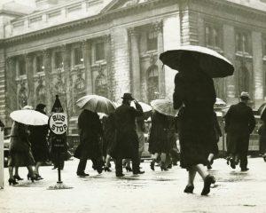 Why Ray Dalio Thinks We're in the 1930s | BullionBuzz